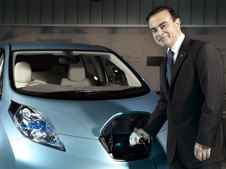 """Nissan Leaf"" ir Carlosas Ghosnas"