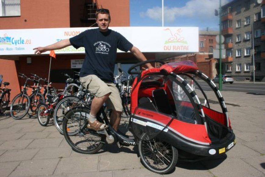 S.Ružinskas guodėsi, kad uždirbtus pinigus atėmė dviračių vagys.