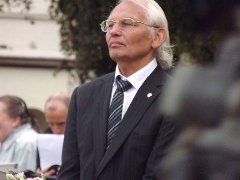 V.Žulkus nusprendė trečiai kadencijai į rektoriaus postą nebepretenduoti.