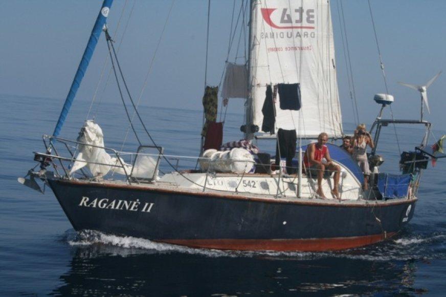 Šia jachta A.Varnas apiplaukė pasauly ir ruošiasi į naujus žygius