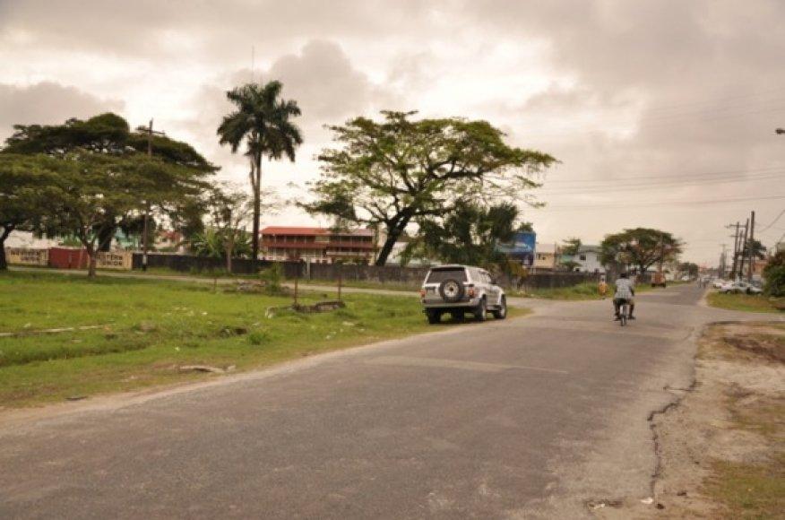 Vaizdas primena Vakarų Afrikos miestus