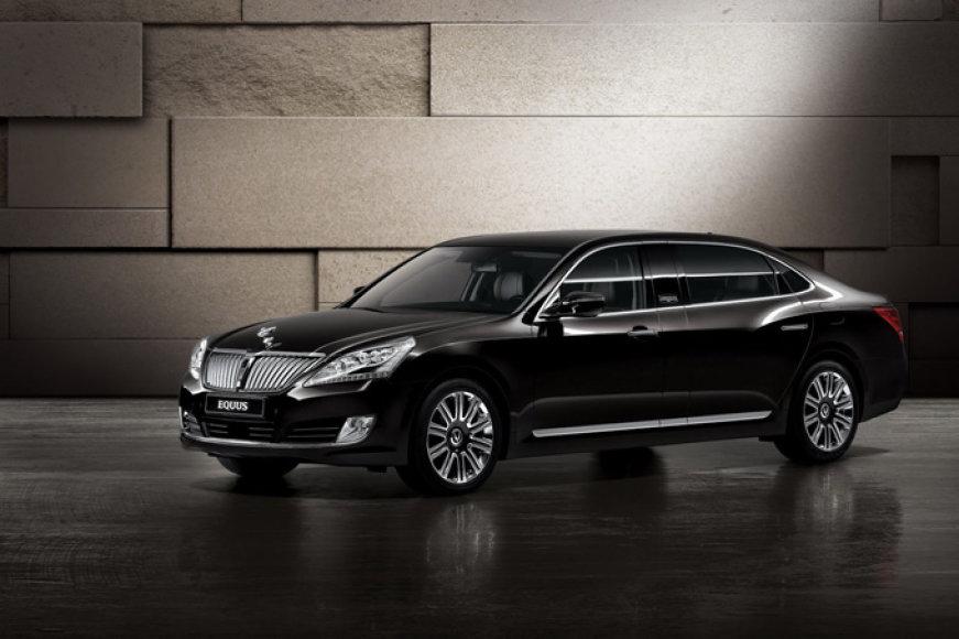 """Šarvuotas """"Hyundai Equus"""""""
