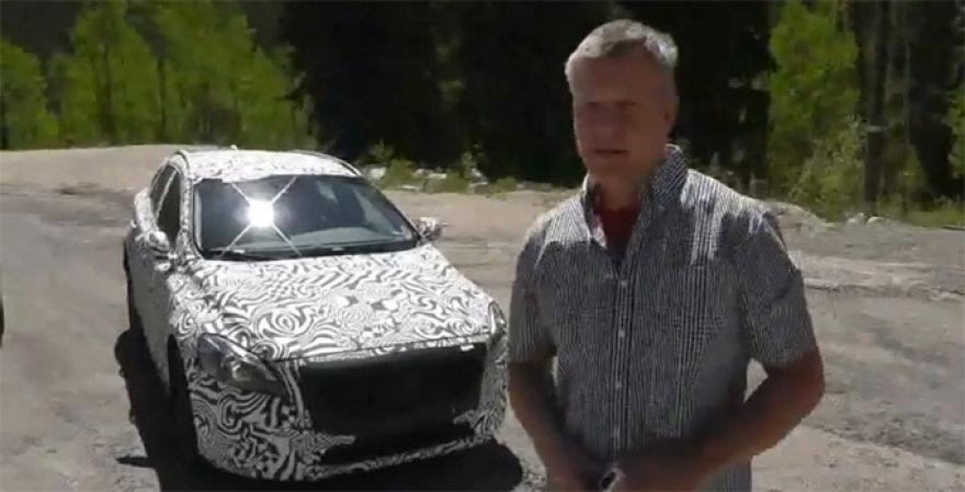 """Užmaskuotas """"Volvo XC40"""" ir įsiutęs inžinierius"""