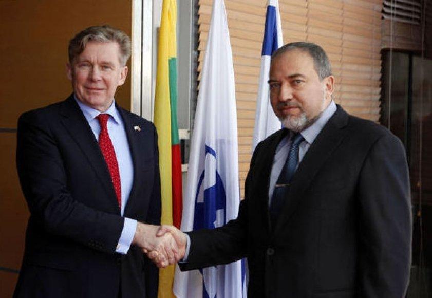Izraelio ir Lietuvos užsienio reikalų ministrai Avigdoras Liebermanas ir Audronius Ažubalis