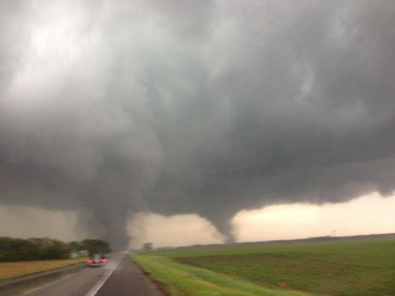 Nebraskos valstijos šiaurėje praūžė audra su tornadais