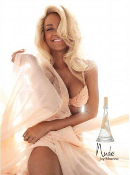 """Rihannos kvepalų """"Nude"""" reklama"""
