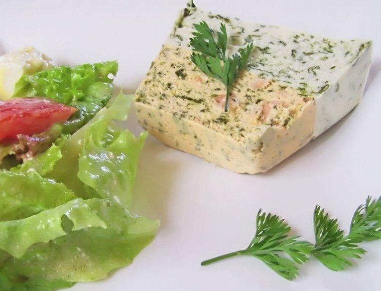 Įvairių sūrių ir lašišų kremas