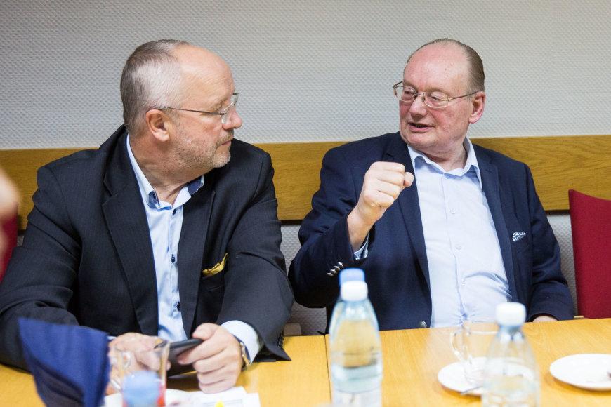 Luko Balandžio / 15min nuotr./Lietuvos socialdemokratų partija laukia Seimo rinkimų rezultatų