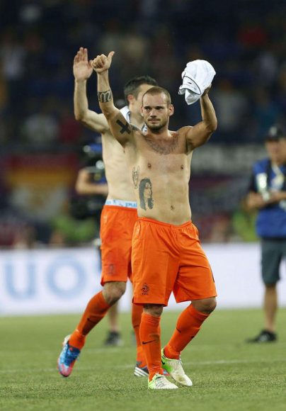 Olandas Wesley Sneijderis (Čempionų lygos taurė, vestuvių data ir kt.)