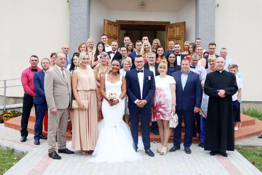 Teodoro Biliūno/Žmonės.lt nuotr./Avgustinos Issengel ir Manto Vekterio vestuvės