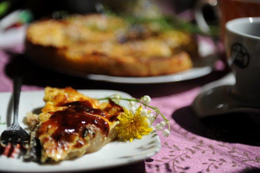 Indiškas kriaušių pyragas