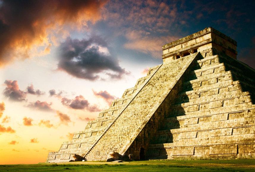 Majų piramidė