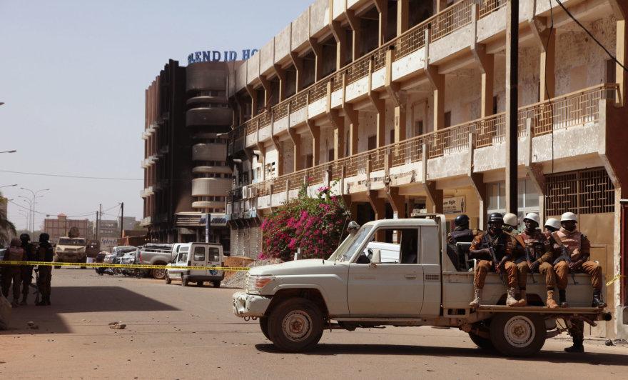 """""""Scanpix""""/AP nuotr./Įkaitų drama Burkina Fase"""