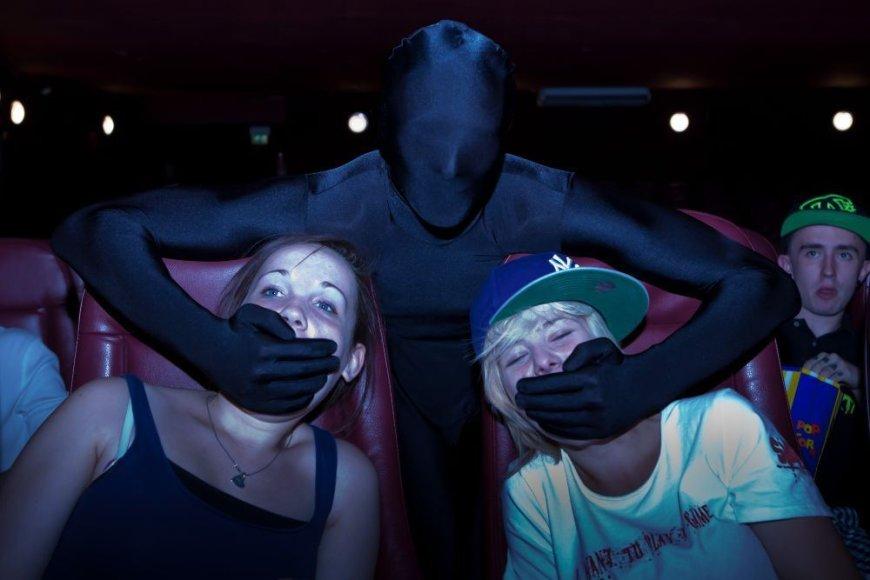"""Tylos nindzės"" kino teatre"