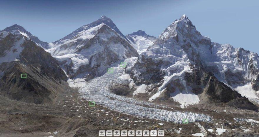 Interaktyvi Everesto nuotrauka