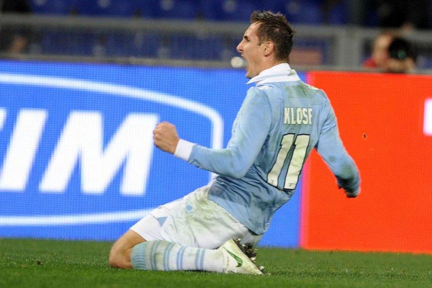 Miroslavas Klose po pergalingo įvarčio.
