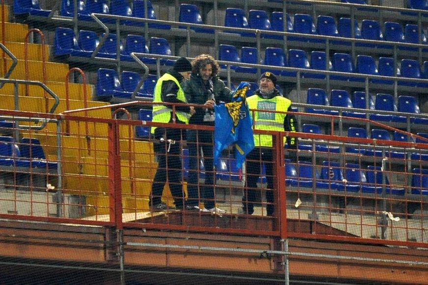 """""""Udinese"""" futbolo klubas turėtų nusivilti savo aistruoliais – Italijos čempionato mače išvykoje su Genujos """"Sampdoria"""" Udinės komandą palaikė... vos vienas žmogus."""