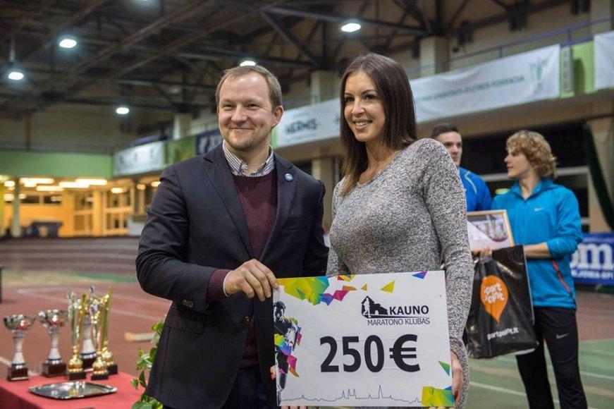 Alfredo Pliadžio nuotr./Diana Zagainova LLAF taurės varžybose pripažinta geriausia jaunimo grupės sportininke.