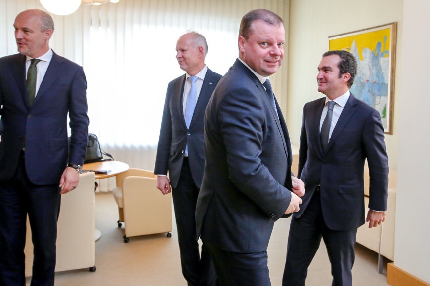 """Vidmanto Balkūno / 15min nuotr./S.Skvernelis susitinka su """"Carlsberg Group"""" viceprezidentu Vakarų Europai"""