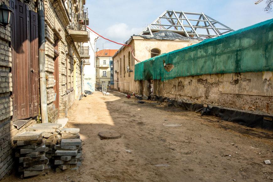 Vidmanto Balkūno / 15min nuotr./Statybos ir remonto darbai sostinės Bokšto gatvėje