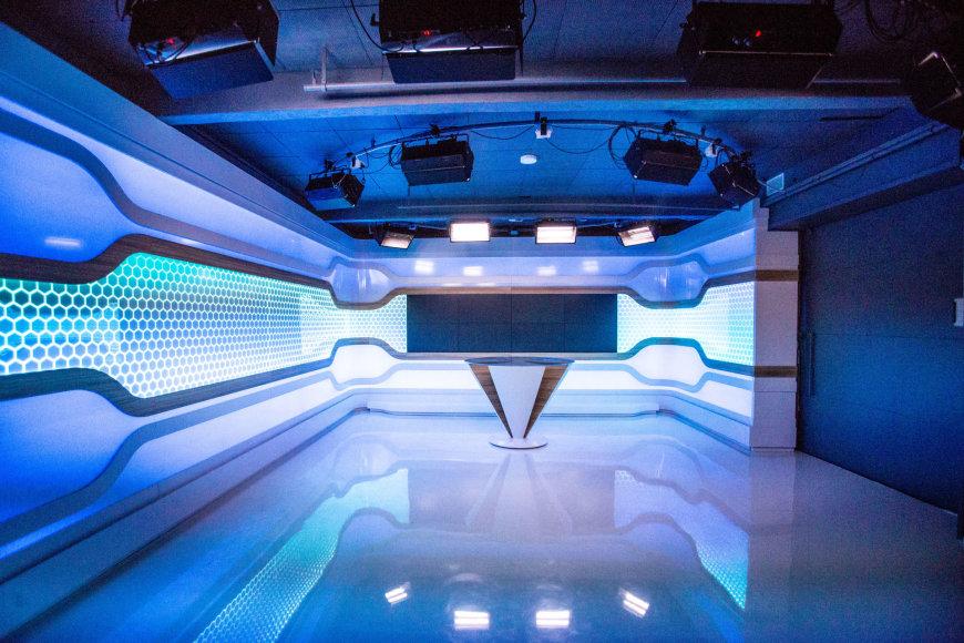 Vidmanto Balkūno / 15min nuotr./Trečiadienio popietę LRT buvo atidaryta moderniausia žinių studiją Baltijos šalyse.