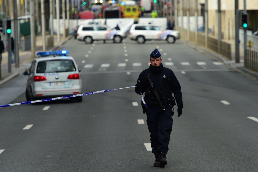 """AFP/""""Scanpix"""" nuotr./Briuselis po sprogdinimų oro uoste ir metro stotyje"""