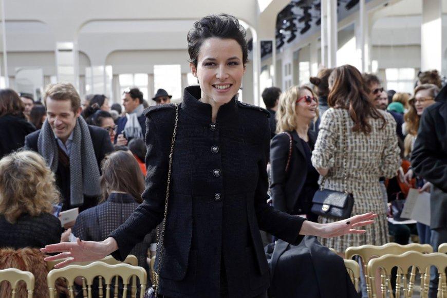 """""""Reuters""""/""""Scanpix"""" nuotr./""""Chanel"""" 2016 m. rudens-žiemos kolekcijos pristatymo svečiai"""
