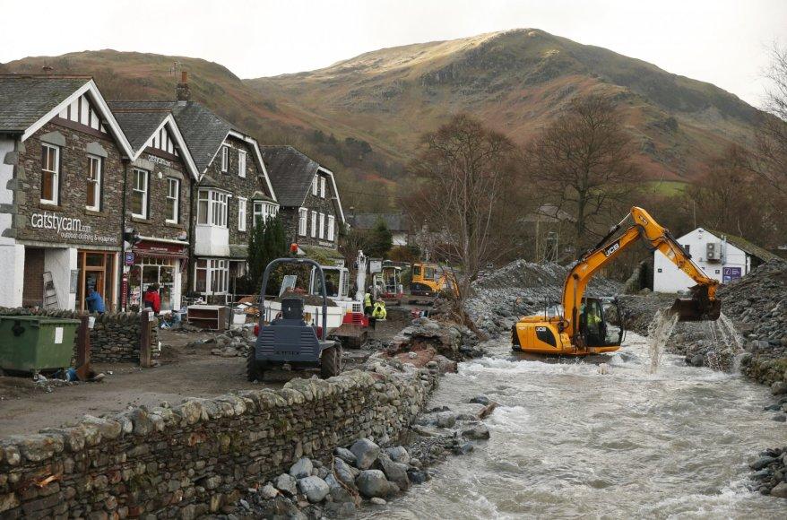 """""""Reuters""""/""""Scanpix"""" nuotr./Potvynio Didžiojoje Britanijoje padariniai"""