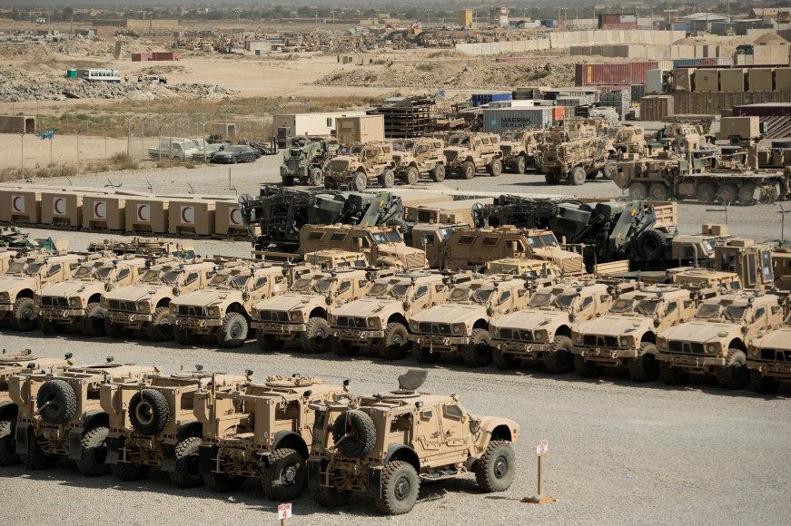 Vida Press nuotr./Bagramo karinė JAV bazė Afganistane