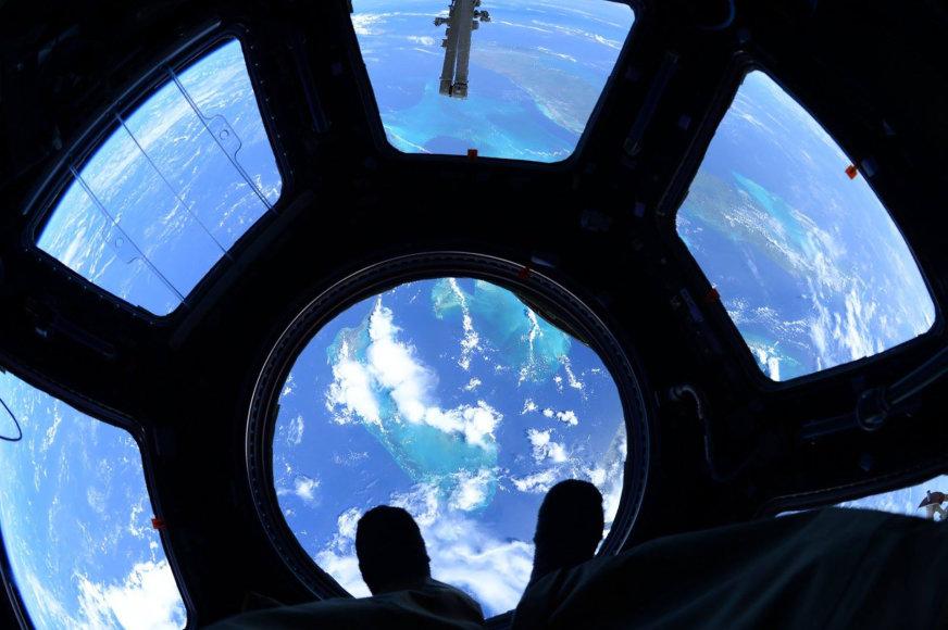 Nepakartojamos astronauto Scotto Kelly nuotraukos iš Tarptautinės kosminės stoties
