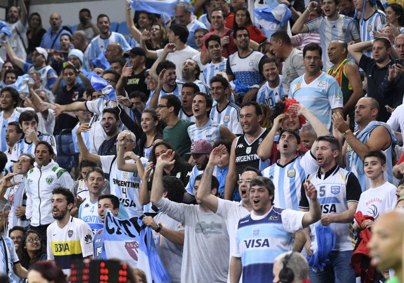 """AFP/""""Scanpix"""" nuotr./Argentinos rinktinės sirgaliai"""