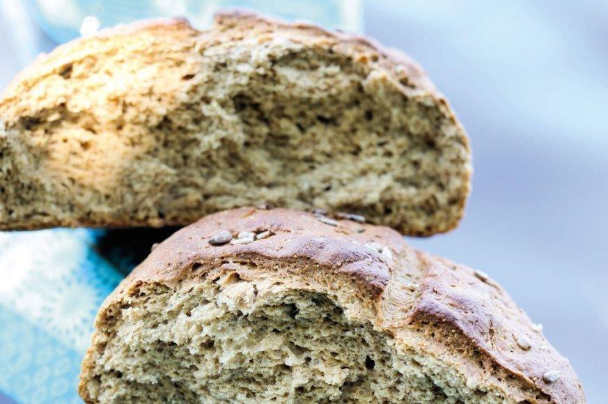 Grikių miltų duona su saulėgrąžomis