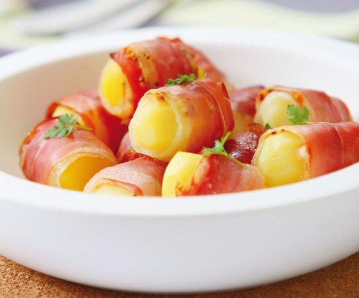 Orkaitėje keptos bulvės su šonine