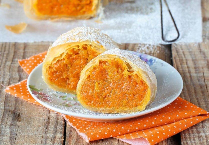 Filo tešlos pyragas su moliūgų džemu