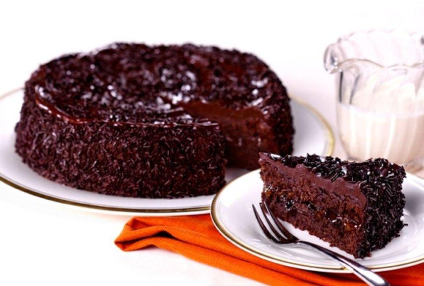 Šokoladinis tortas su romu