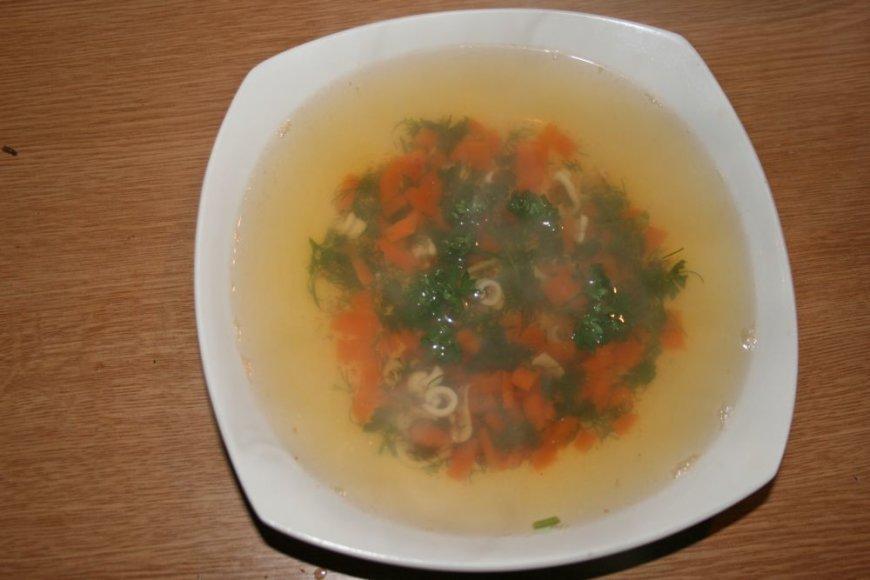 Žuvienė su kalmarais