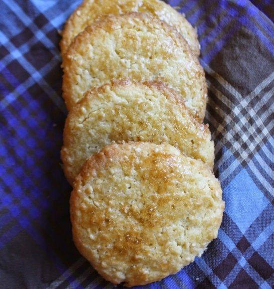 Marokietiški sausainiai su sezamo sėklomis