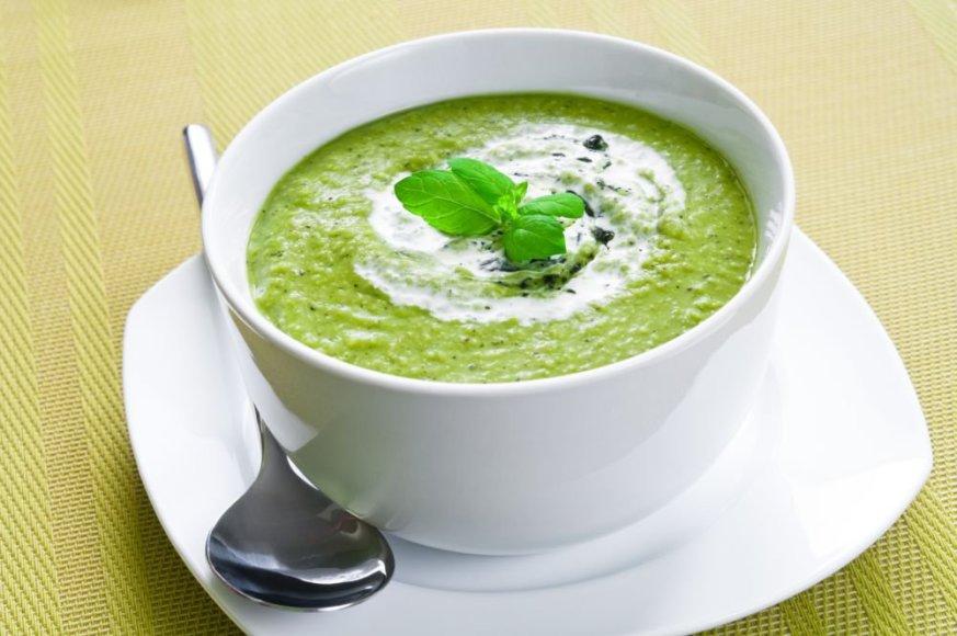 Veganiška kreminė brokolių sriuba