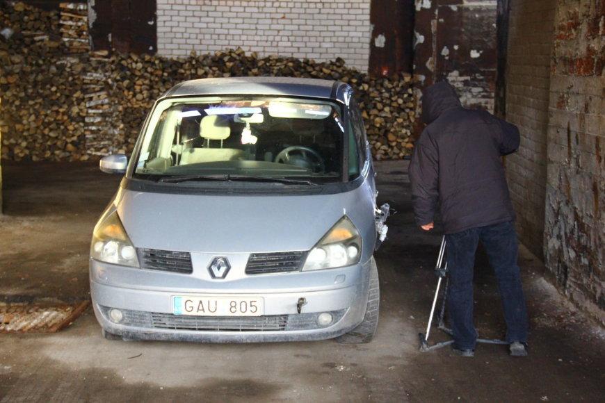 """Tomo Markelevičiaus nuotr./Žuvusios moters """"Renault"""""""