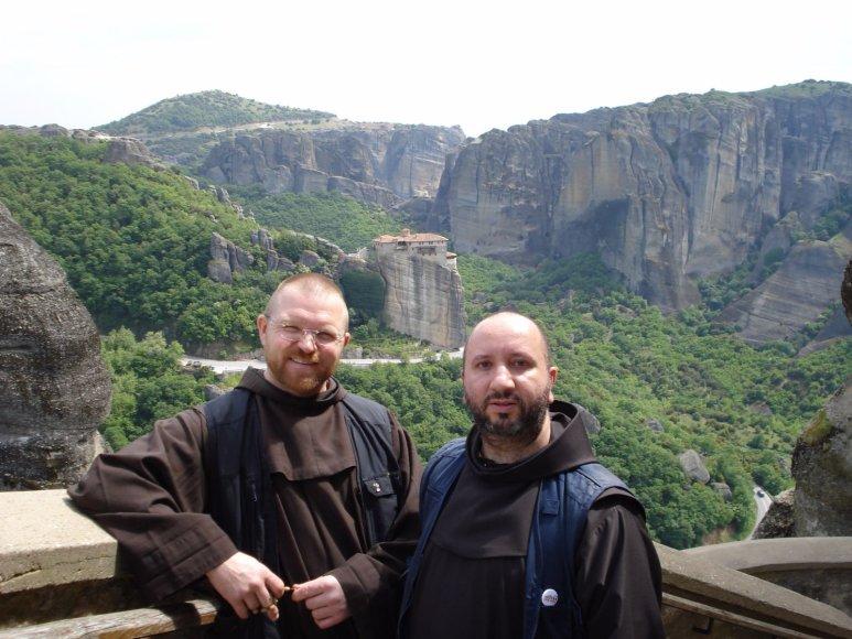 Asmeninio archyvo nuotr./Su bendražygiu broliu Pauliumi Vaineikiu (kairėje)
