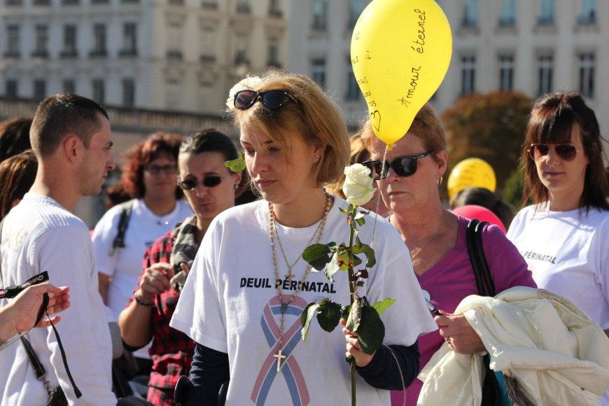 Vida Press nuotr./Nėštumo ir Kūdikio netekties atminimo diena Prancūzijoje