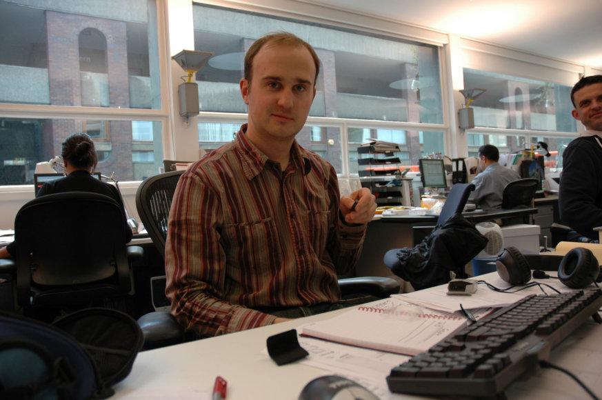 """Asmeninio archyvo nuotr./Lukas Gadeikis pirmais darbo metais """"Gensler"""" biure Londone"""