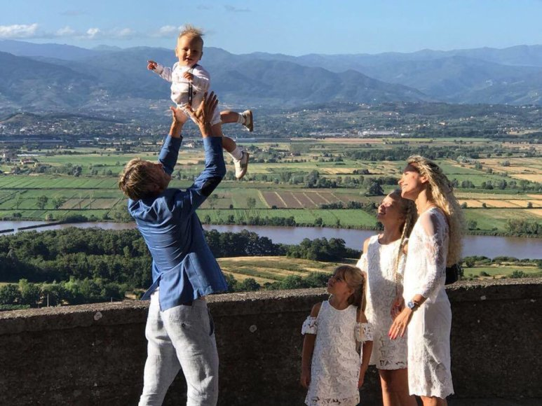 Asmeninio albumo nuotr./Edita Daniūtė, Mirko Gozzoli su vaikais Romeo, Evita ir Brenda
