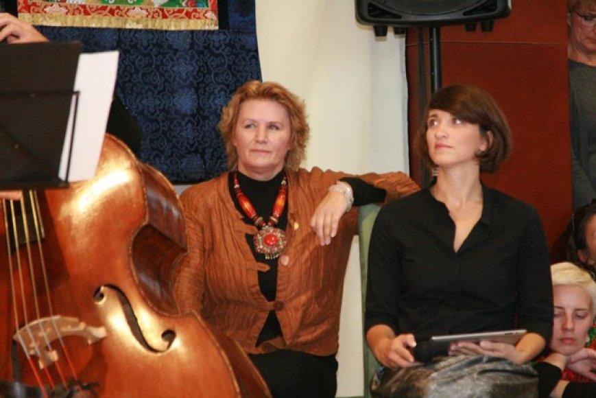 Turo Lietuvoje iniciatorė Nijolė Gabija Wolmer (kairėje), viena iš organizatorių Beatričė Laurinkutė-Kijevičienė