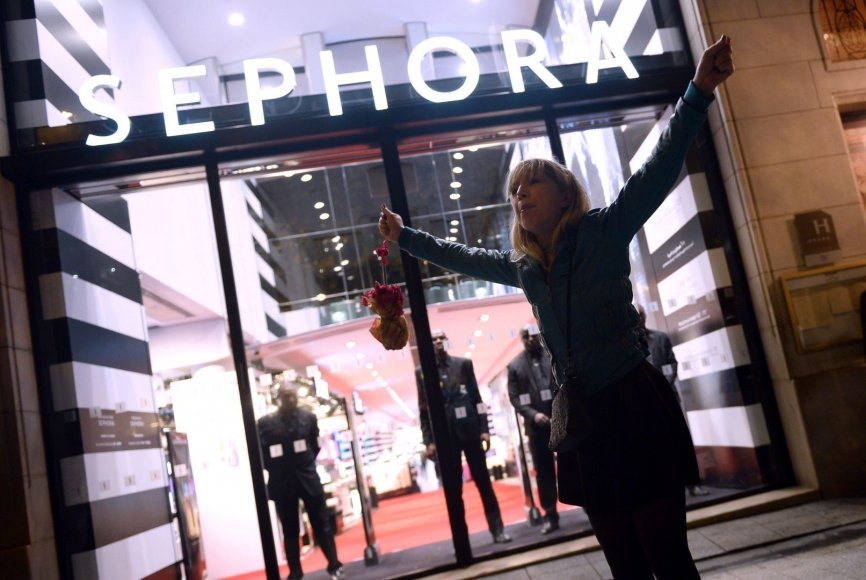 """""""Sephora"""" parduotuvė Paryžiuje"""