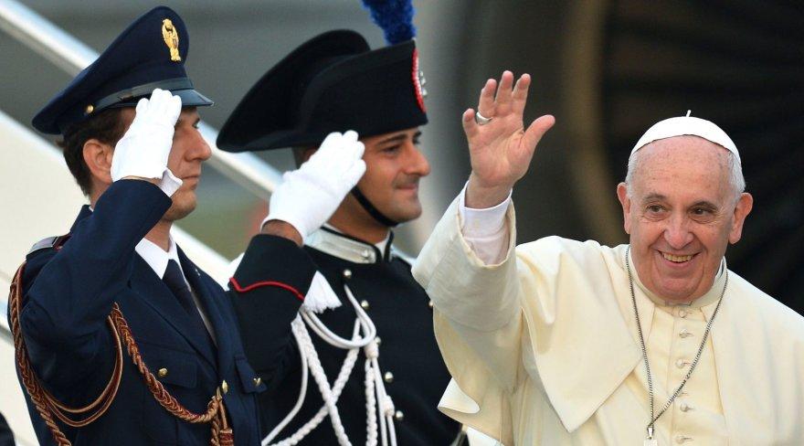 Popiežius išvyksta į Albaniją