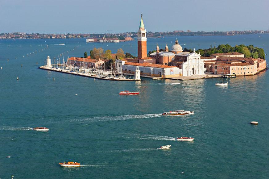 Vandenų pakerėta arba kelionių plaukiojančiais viešbučiais ypatumai. MSC Cruises nuotr.