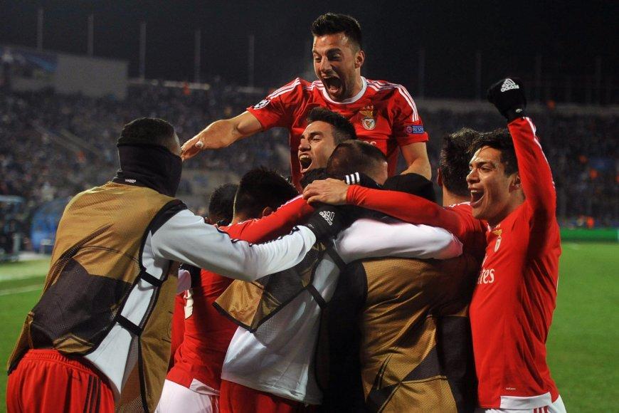 """""""Benfica"""" futbolininkai"""