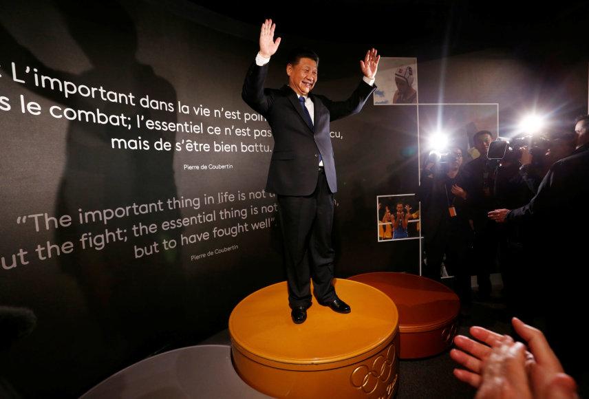 Kinijos lyderis Xi Jinping'as Šveicarijoje.