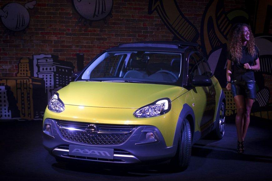 """""""Opel Adam Rocks"""" pristatymas prieš Ženevos automobilių parodą"""